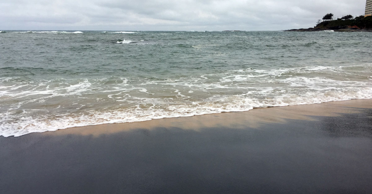 Praia da Areia Preta em Guarapari ES