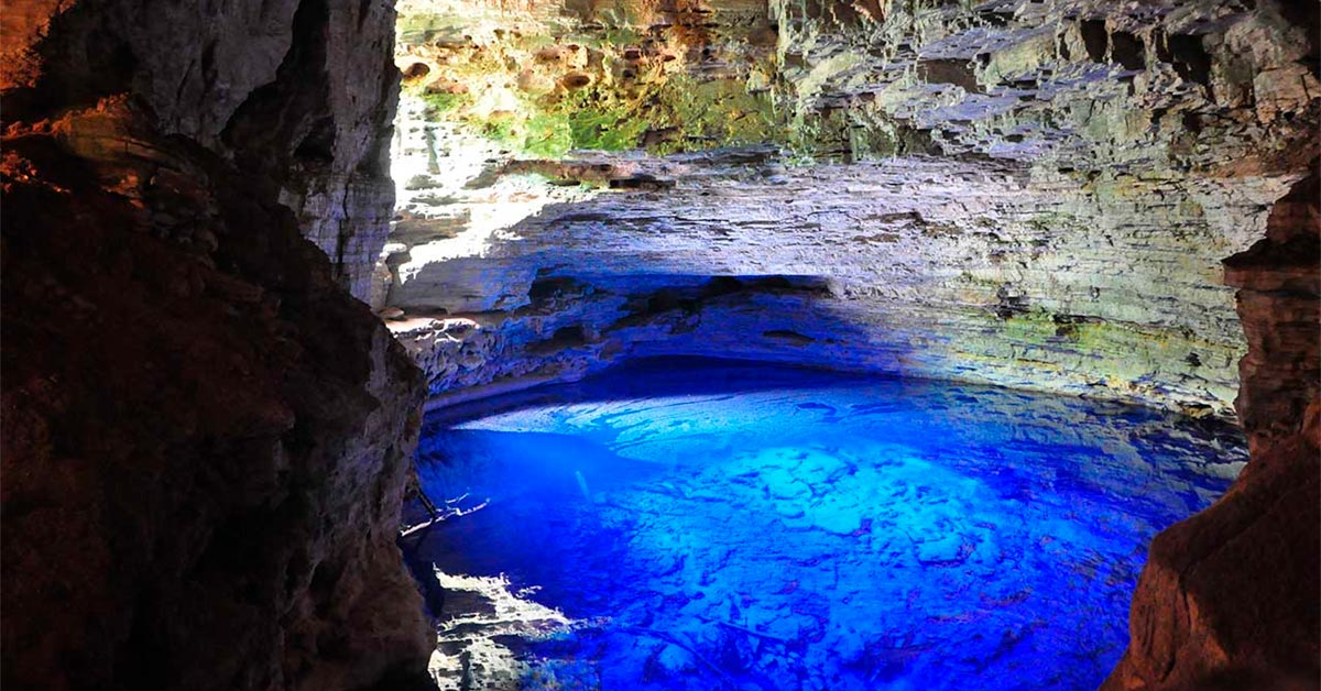 Gruta do Lago Azul para um ano novo alternativo